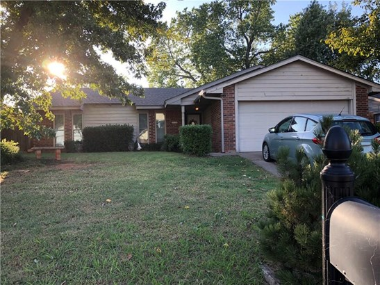 Traditional, Single Family - Yukon, OK
