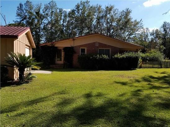 Detached Single Family - WEWAHITCHKA, FL (photo 2)