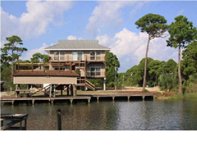 Detached Single Family - ST. GEORGE ISLAND, FL (photo 4)