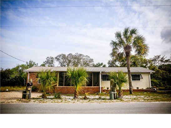 Detached Single Family - MEXICO BEACH, FL (photo 1)