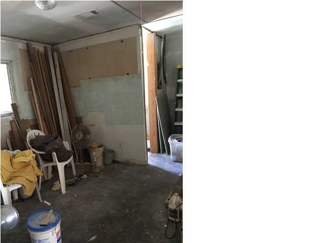 ASF/Attached Individual Unit - CARRABELLE, FL (photo 4)