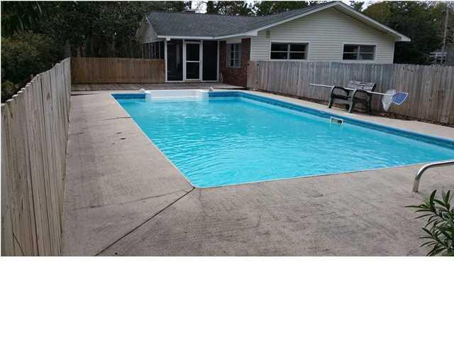 Detached Single Family - EASTPOINT, FL (photo 2)
