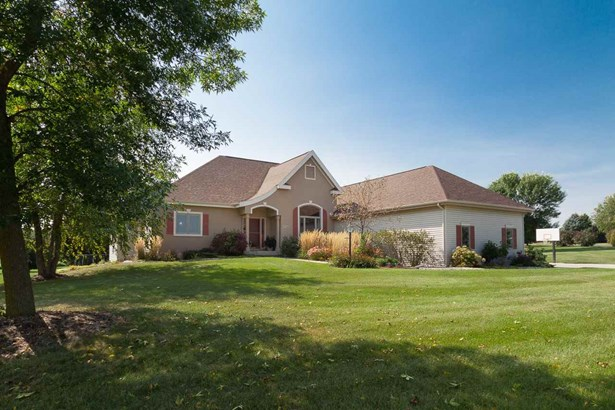 1 story, Ranch,Contemporary,Colonial - Verona, WI (photo 1)