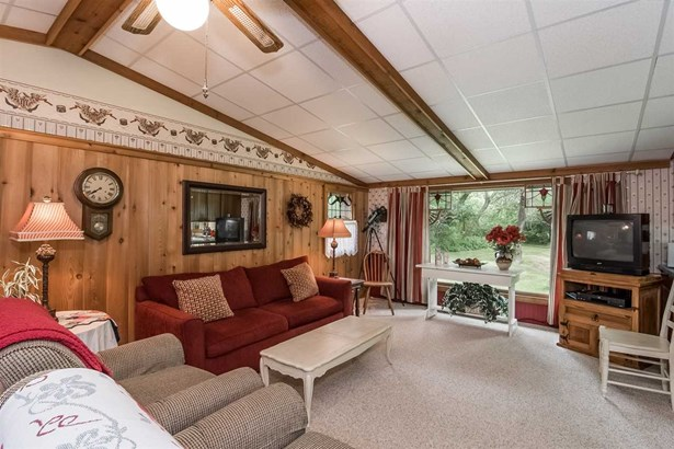 1 story, Ranch,Bungalow - Baraboo, WI (photo 4)