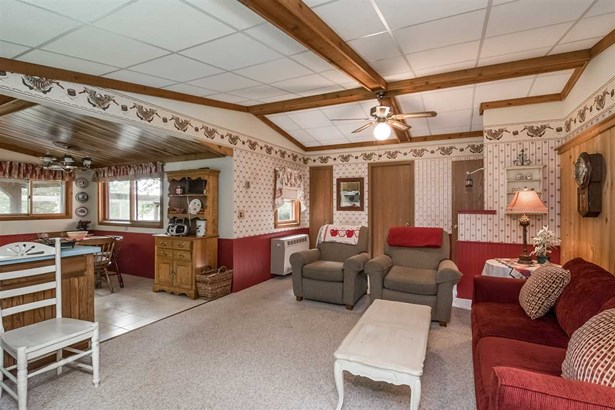 1 story, Ranch,Bungalow - Baraboo, WI (photo 5)
