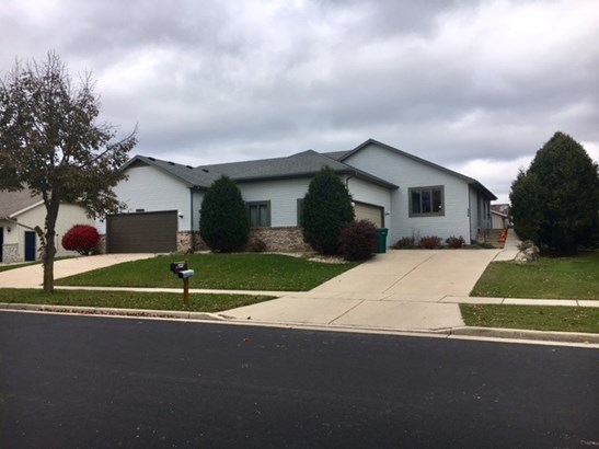 Duplex-side by side,1 story - Verona, WI (photo 1)