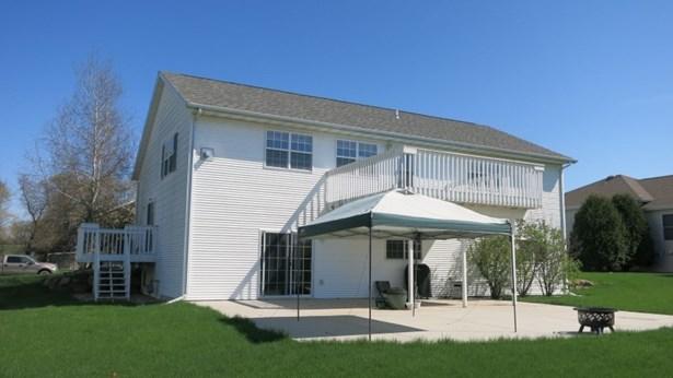Tri-level, Multi-level - Cottage Grove, WI (photo 3)