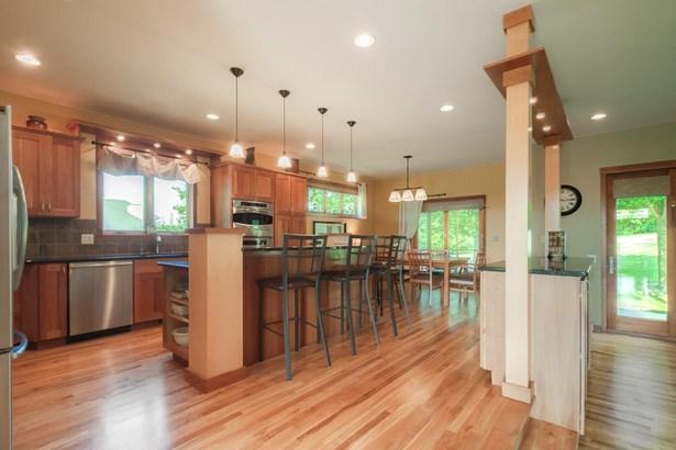 2 story, Contemporary,Prairie/Craftsman - Middleton, WI (photo 3)