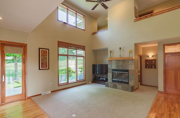 2 story, Contemporary,Prairie/Craftsman - Middleton, WI (photo 5)