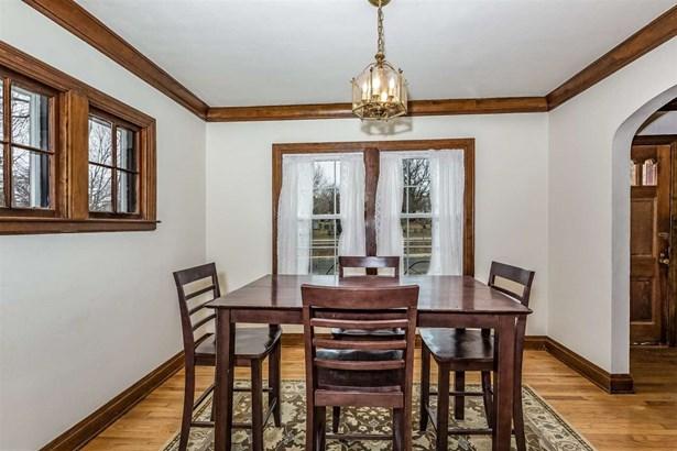 2 story, Tudor/Provincial - Madison, WI (photo 4)
