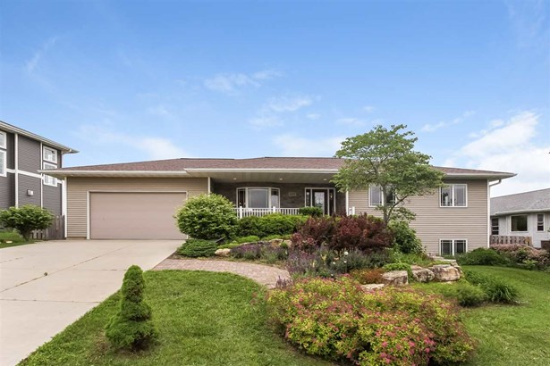 1 story, Ranch - Mount Horeb, WI (photo 1)