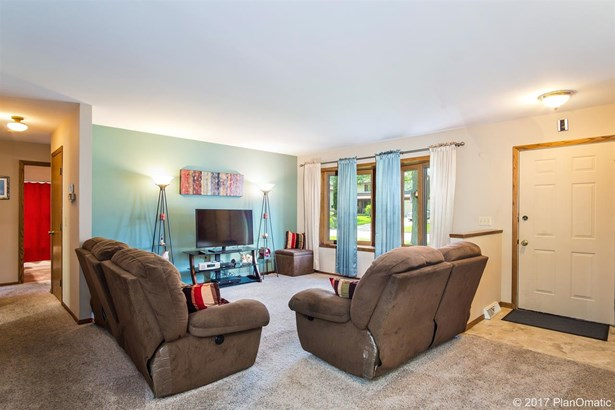 1 story, Ranch - Fitchburg, WI (photo 3)