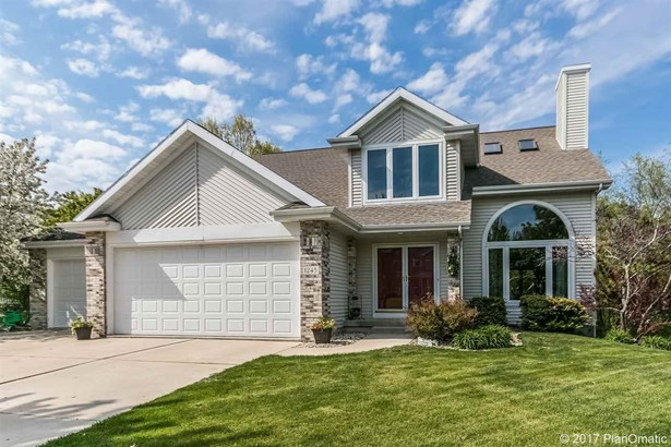 Contemporary,Transitional, 2 story - Stoughton, WI (photo 1)
