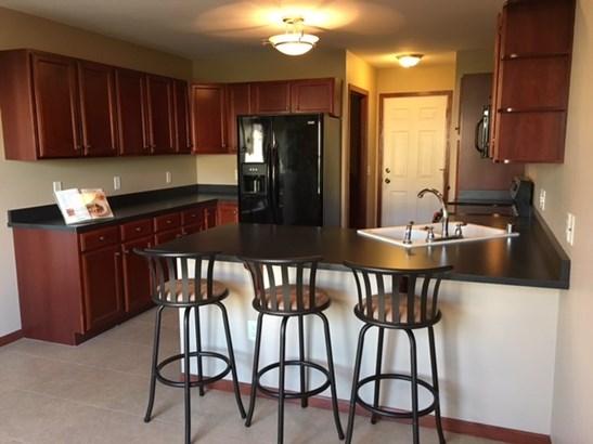Ranch-1 Story,Shared Wall/Half duplex - Madison, WI (photo 5)