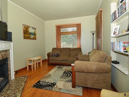 Duplex-side by side,2 story - Baraboo, WI (photo 2)