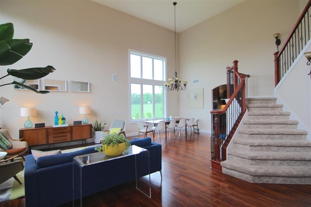 Contemporary,Colonial, 2 story - Madison, WI (photo 4)