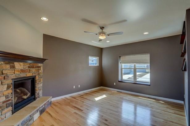 2 story, Prairie/Craftsman - Fitchburg, WI (photo 4)