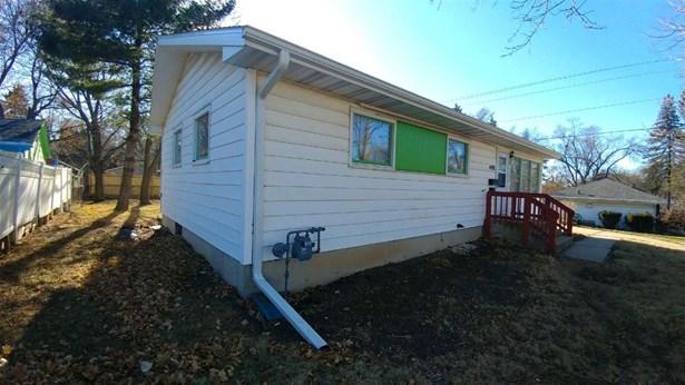 1 story, Ranch - Madison, WI (photo 4)