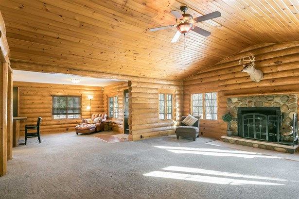 1 story, Ranch,Log Home - Reedsburg, WI (photo 3)