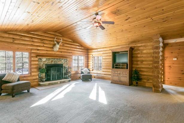 1 story, Ranch,Log Home - Reedsburg, WI (photo 5)