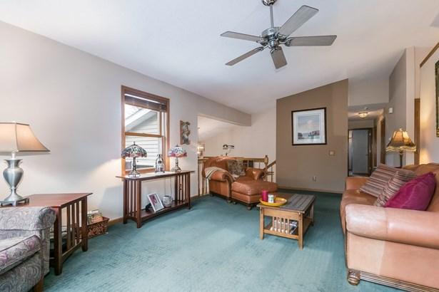 Multi-level, Bi-level,Raised Ranch - Stoughton, WI (photo 4)