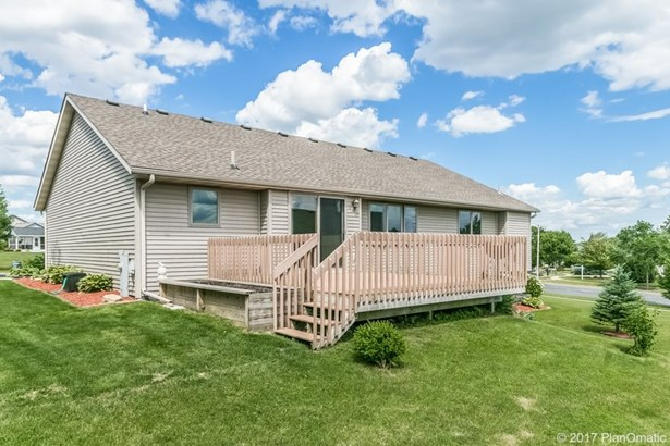 1 story, Ranch - Cottage Grove, WI (photo 2)
