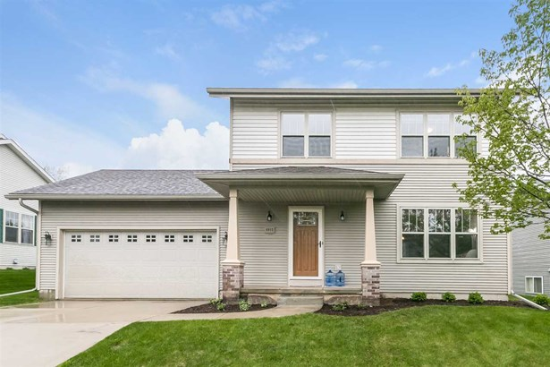 Contemporary,Colonial, 2 story - Madison, WI (photo 1)