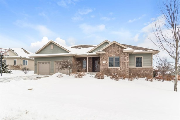 1 story, Ranch - DeForest, WI (photo 1)