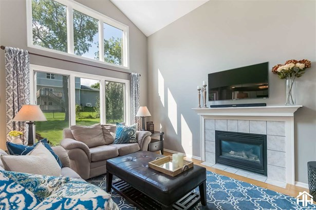 Contemporary,Colonial,Other, 2 story - Madison, WI (photo 1)