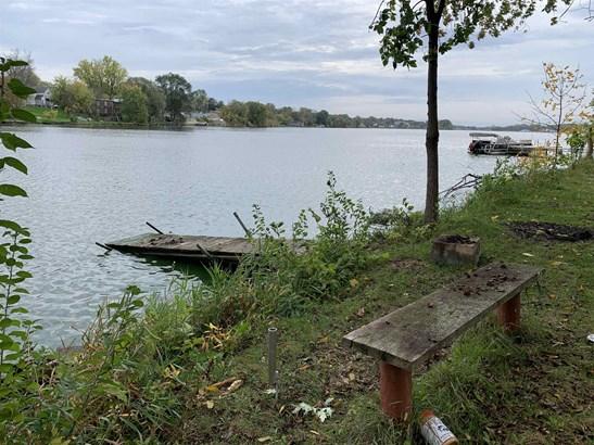Colonial, 2 story - Beaver Dam, WI