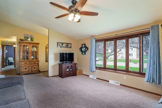 1 story, Ranch - Monticello, WI (photo 5)