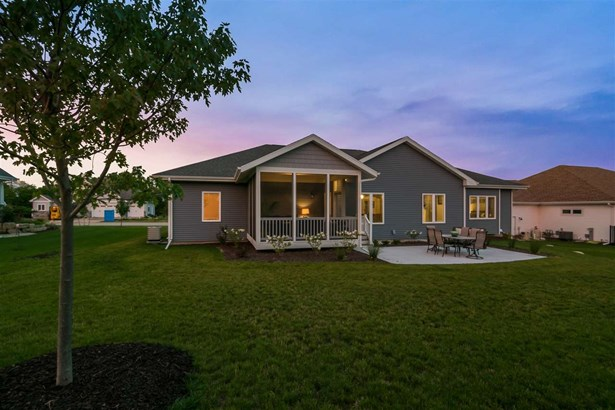 1 story, Ranch - Cottage Grove, WI (photo 3)