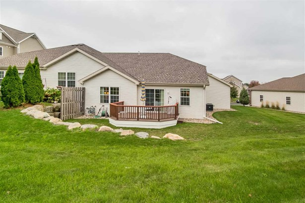 Ranch-1 Story,Shared Wall/Half duplex - Middleton, WI (photo 3)