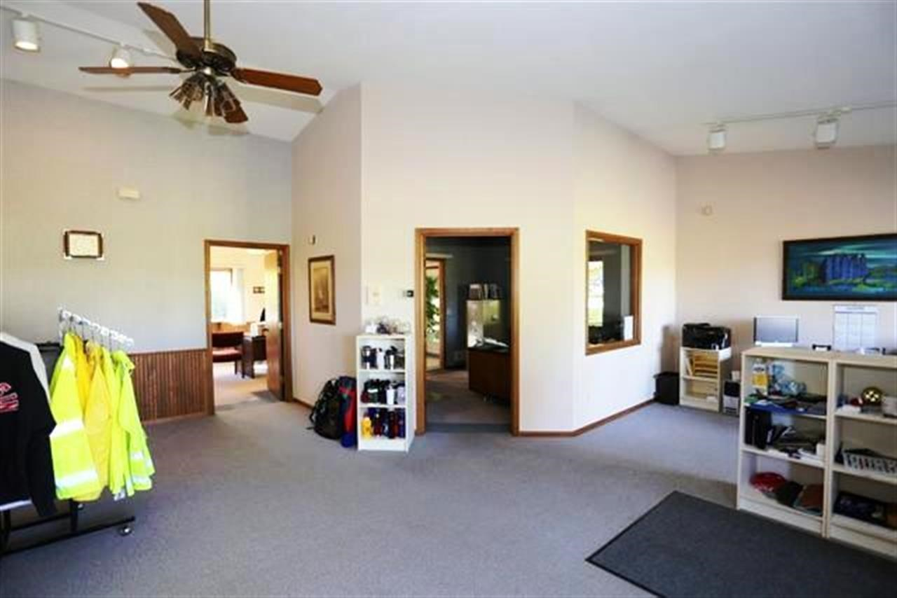 1 story, Ranch - Waunakee, WI (photo 2)