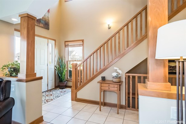 2 story, Prairie/Craftsman - Sun Prairie, WI (photo 3)