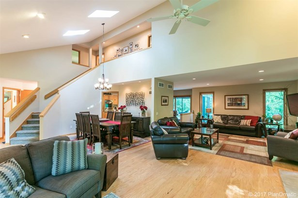 Contemporary,Transitional, 2 story - Cross Plains, WI (photo 2)