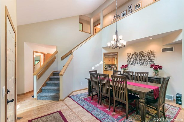 Contemporary,Transitional, 2 story - Cross Plains, WI (photo 3)
