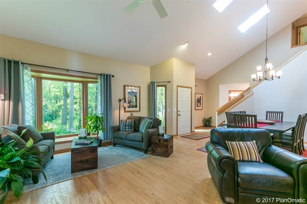Contemporary,Transitional, 2 story - Cross Plains, WI (photo 5)