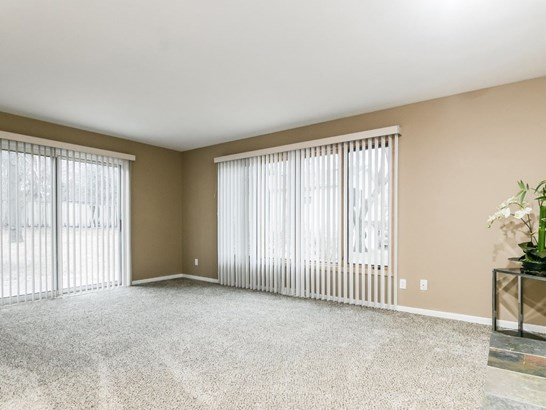 Tri-level,Contemporary, Multi-level - Madison, WI (photo 4)