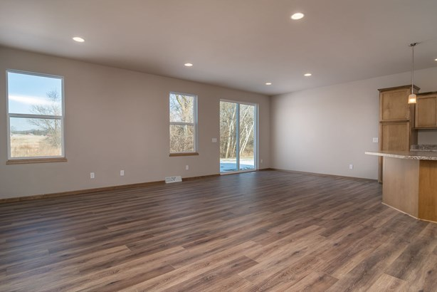 1 story,New/Never occupied, Ranch - Madison, WI (photo 3)
