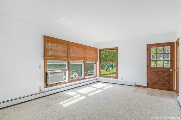 1 story, Ranch - Mount Horeb, WI (photo 5)