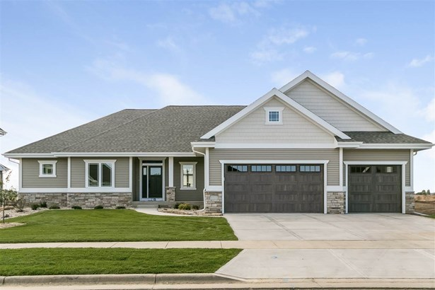 1 story,New/Never occupied, Ranch,Prairie/Craftsman - Waunakee, WI (photo 2)