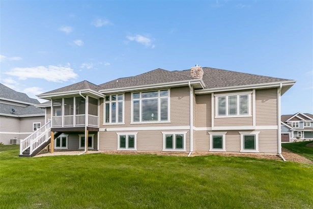 1 story,New/Never occupied, Ranch,Prairie/Craftsman - Waunakee, WI (photo 4)