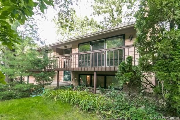 Bi-level, 2 story - Madison, WI (photo 2)