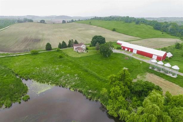 2 story,Farm, Colonial,National Folk/Farm - Jefferson, WI (photo 3)
