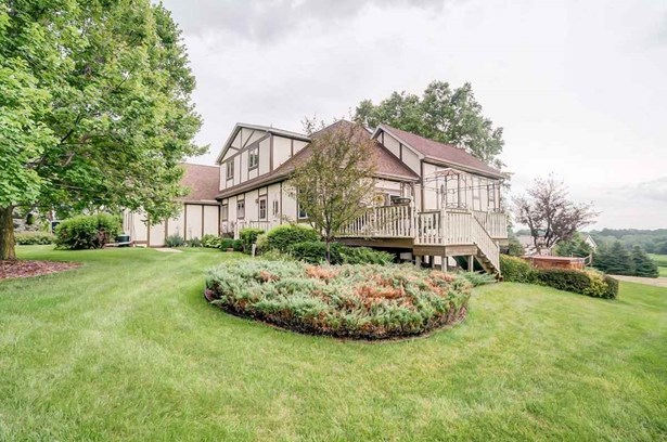 2 story, Tudor/Provincial - Cambridge, WI (photo 1)