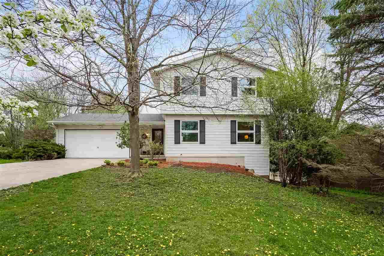 Contemporary,Colonial,Other, 2 story - Madison, WI (photo 2)