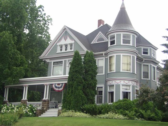 2 story, Victorian - Lodi, WI (photo 1)