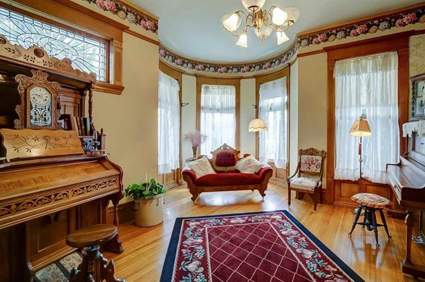 2 story, Victorian - Lodi, WI (photo 5)