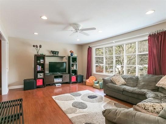 Multi-level, Bi-level,Raised Ranch - Madison, WI (photo 5)